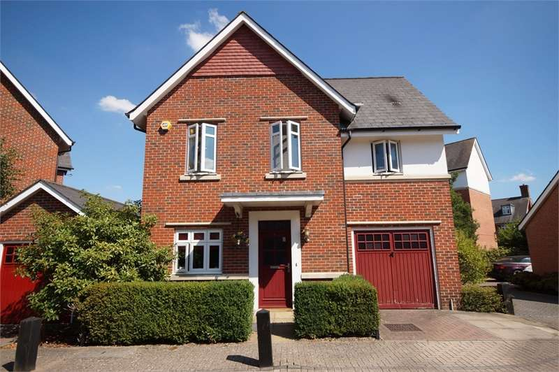 3 Bedrooms Detached House for sale in Wyatt Crescent, Lower Earley, READING, Berkshire