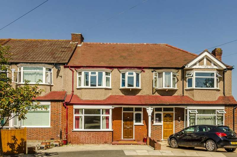 3 Bedrooms Terraced House for sale in Greenwood Close, Morden, SM4