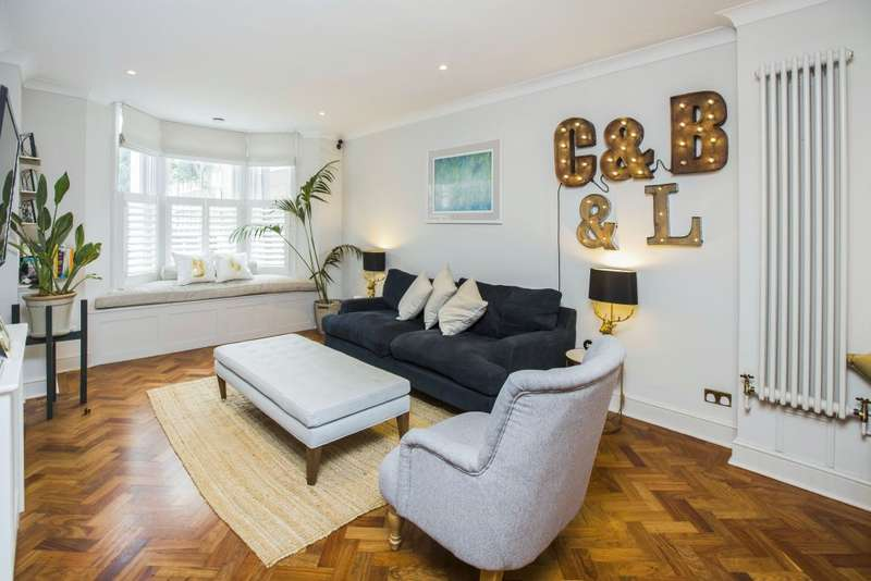 4 Bedrooms Semi Detached House for sale in Tredegar Road, London, E3 2EH