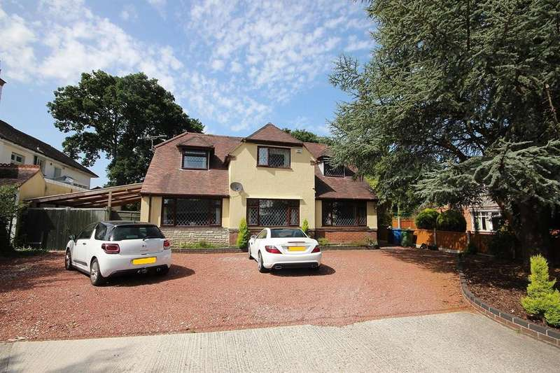4 Bedrooms Detached House for sale in Springdale Road, Broadstone