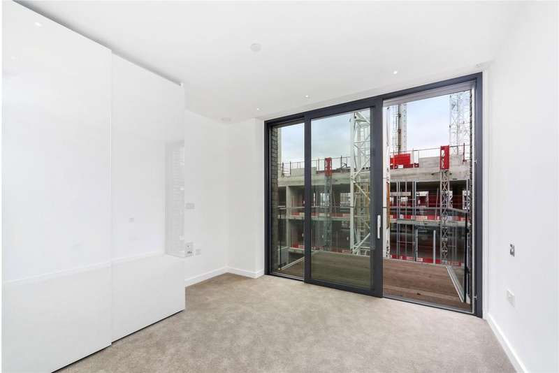 2 Bedrooms Flat for sale in Catalina House, Goodmans Field, Leman Street, London, E1