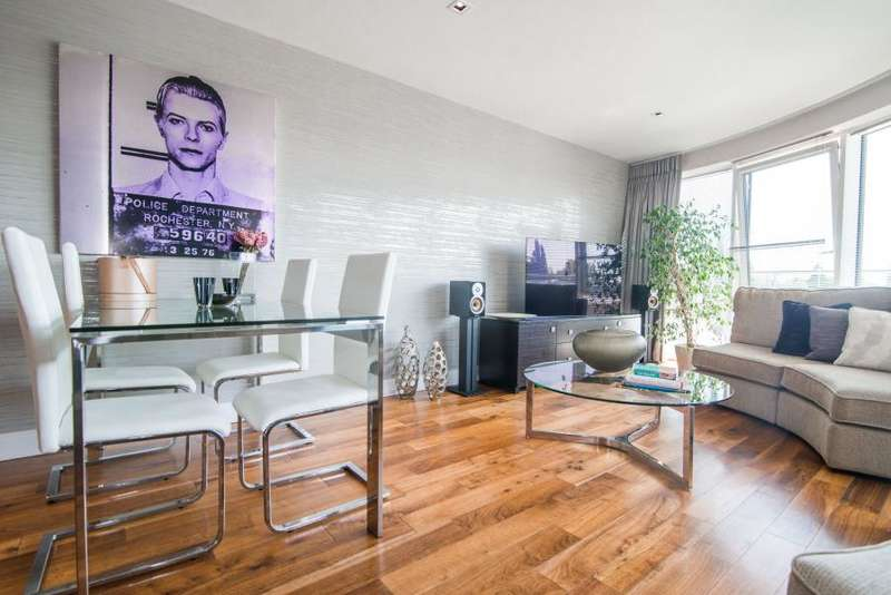 3 Bedrooms Apartment Flat for sale in Kew Bridge, Brentford