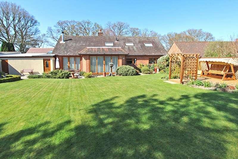 5 Bedrooms Detached House for sale in Rhinefield Road, Brockenhurst