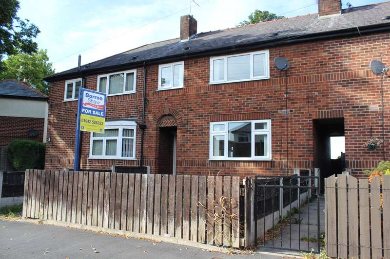 3 Bedrooms House for sale in Woodland Avenue, Hindley Green, Wigan, WN2
