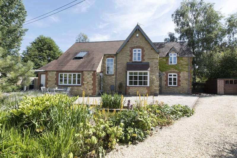 4 Bedrooms Semi Detached House for sale in Red Lodge, Little Compton