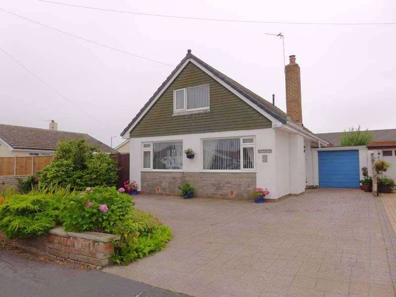 4 Bedrooms Detached Bungalow for sale in Bristol Avenue