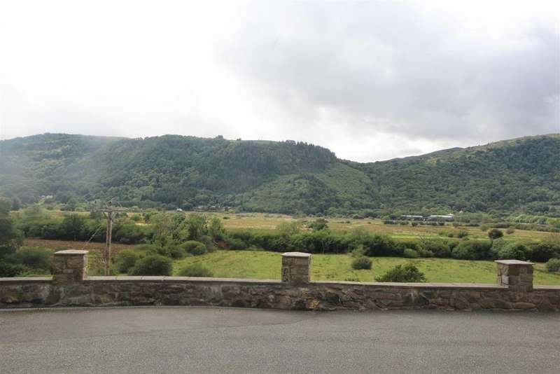 4 Bedrooms House for sale in Maenan, Llanrwst