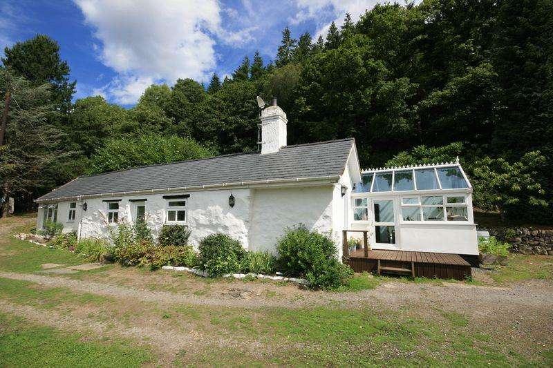 3 Bedrooms Cottage House for sale in Maenan, Llanrwst