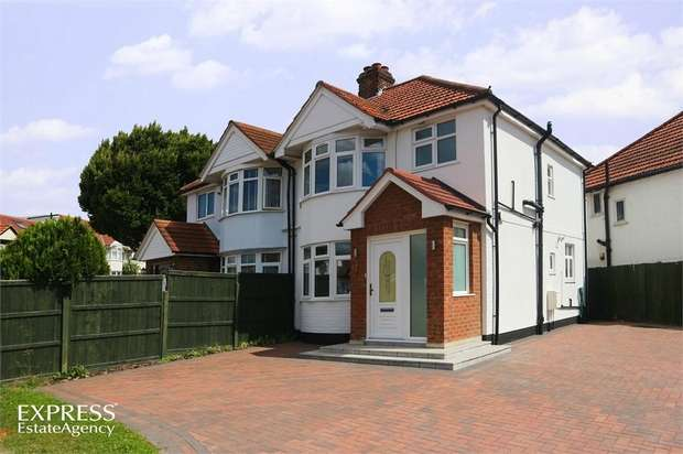 3 Bedrooms Semi Detached House for sale in Woolmead Avenue, London