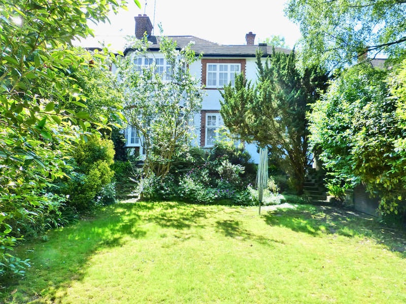 4 Bedrooms Semi Detached House for sale in ALBERON GARDENS, TEMPLE FORTUNE, LONDON, NW11