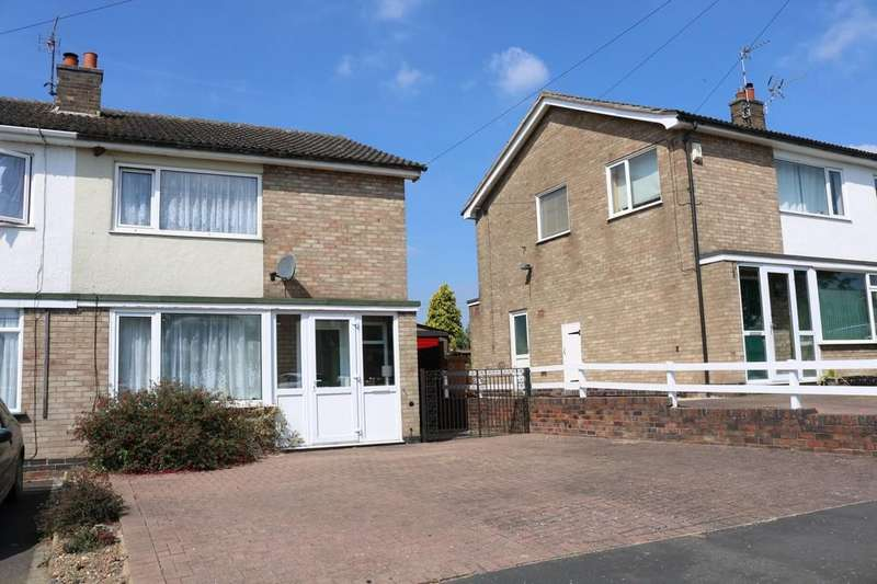 3 Bedrooms Semi Detached House for sale in Klondyke Way, Asfordby
