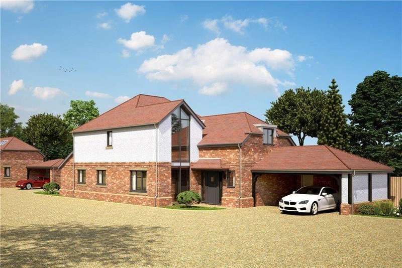 4 Bedrooms Detached House for sale in The Oaks, 89 Newport Road, Woburn Sands, Buckinghamshire