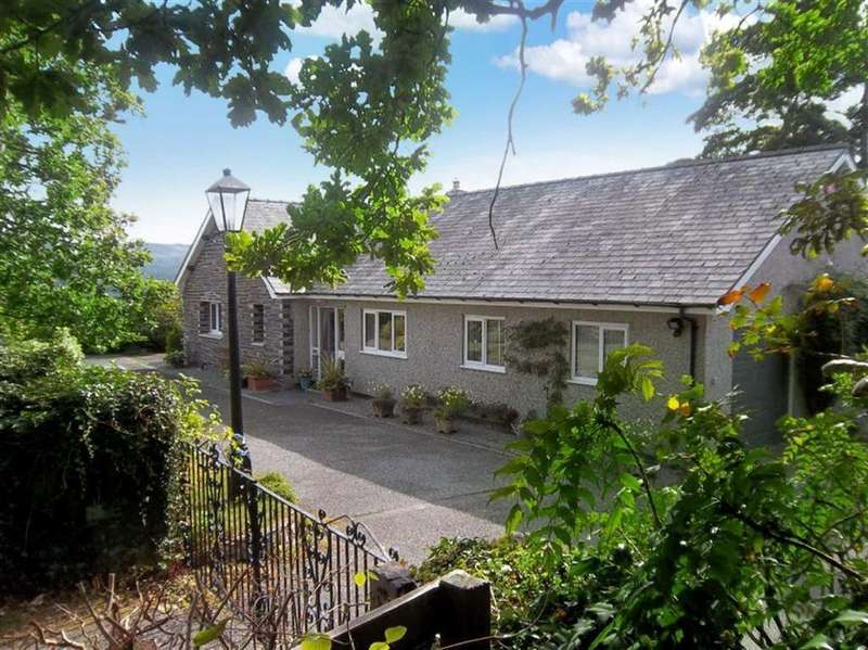 3 Bedrooms Detached Bungalow for sale in Groesffordd, Nr Llanrwst, Conwy