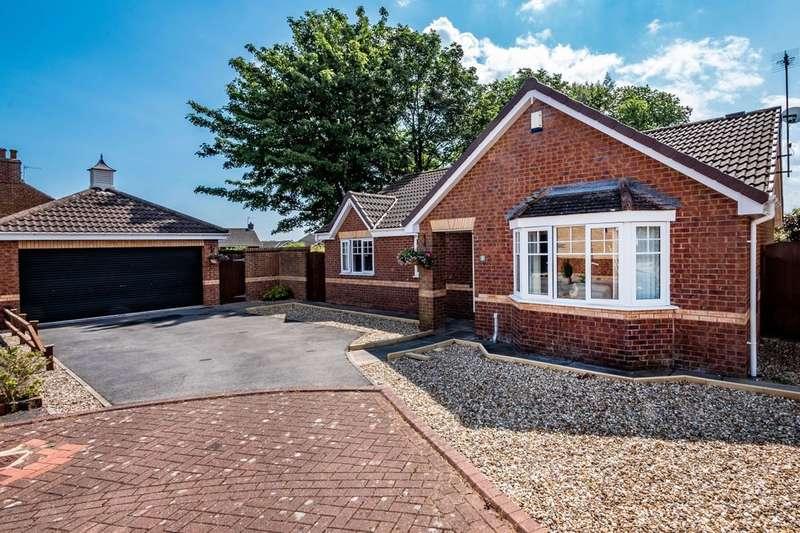 3 Bedrooms Detached Bungalow for sale in Calderdale Close, Bridlington, YO16