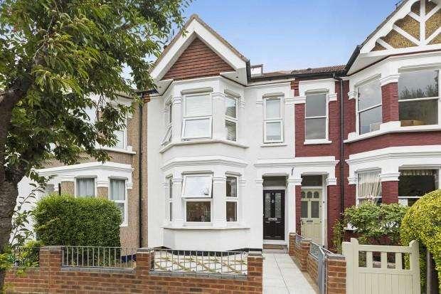 4 Bedrooms Terraced House for sale in Regina Terrace, London, W13