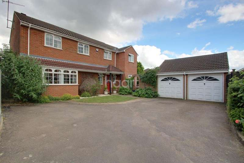 4 Bedrooms Detached House for sale in Forever Family Home In Warden Hills