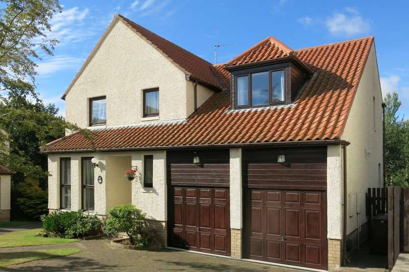 4 Bedrooms Detached House for sale in The Green, Pencaitland, East Lothian, EH34 5HE