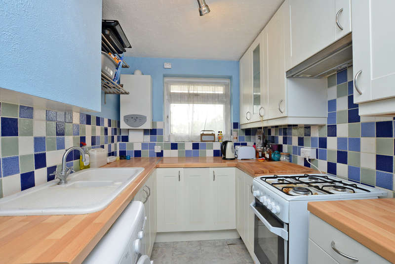 1 Bedroom Flat for sale in Lancaster House, South Lynn Crescent