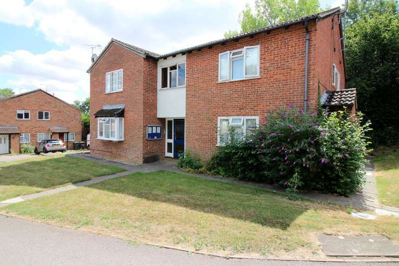 1 Bedroom Studio Flat for sale in Celandine Drive, Luton, Bedfordshire, LU3 4AG
