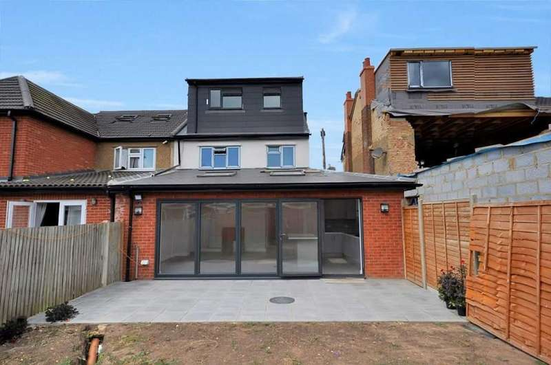 5 Bedrooms Semi Detached House for sale in Alpha Street South, Hershal Village, Slough