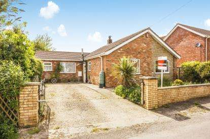 3 Bedrooms Bungalow for sale in New Street, Aby, Alford, Lincolnshire