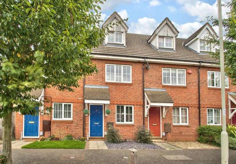 3 Bedrooms Town House for sale in Goodman Road, Bedford, MK42 9FJ
