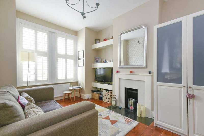 2 Bedrooms Maisonette Flat for sale in Durban Road, West Norwood