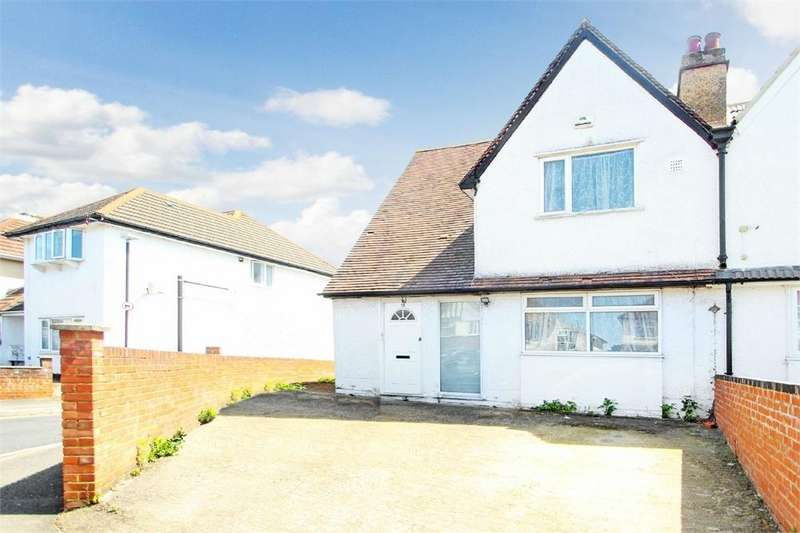4 Bedrooms Semi Detached House for sale in Stoke Poges Lane, Slough, Berkshire