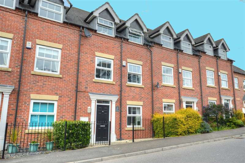 4 Bedrooms Terraced House for sale in Balmoral Drive, Greylees, Sleaford