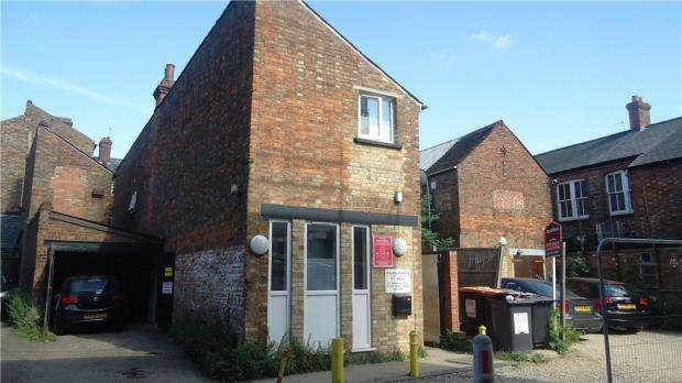 2 Bedrooms House for sale in Lime Street, Bedford