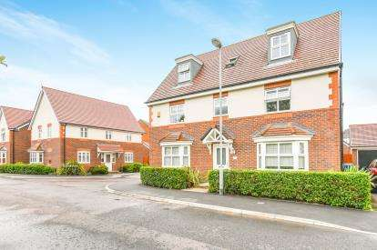 6 Bedrooms Detached House for sale in Camberwell Drive, Warrington, Cheshire