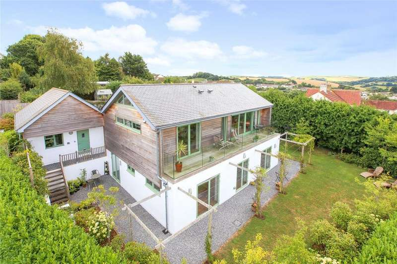 5 Bedrooms Detached House for sale in Higher Westonfields, Totnes, Devon, TQ9