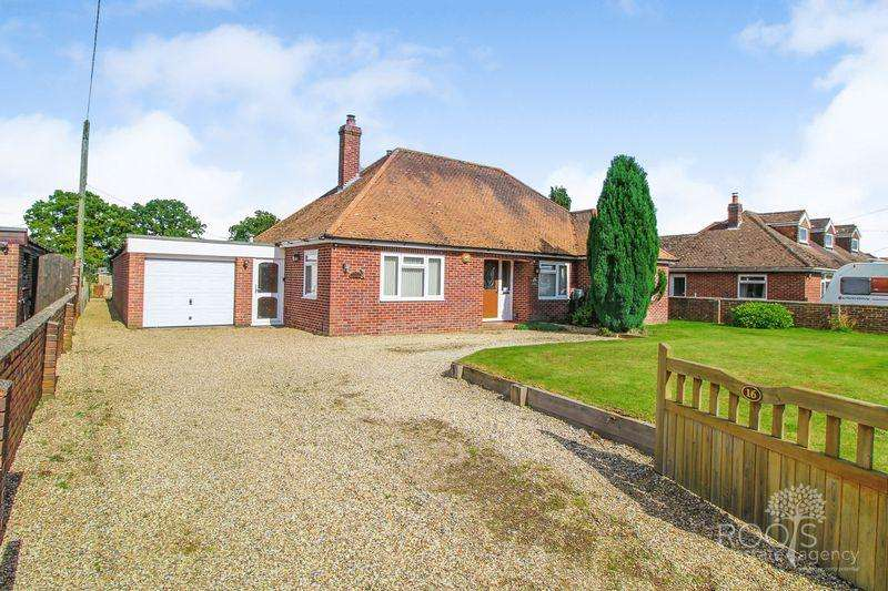 3 Bedrooms Detached Bungalow for sale in Broad Lane, Upper Bucklebury