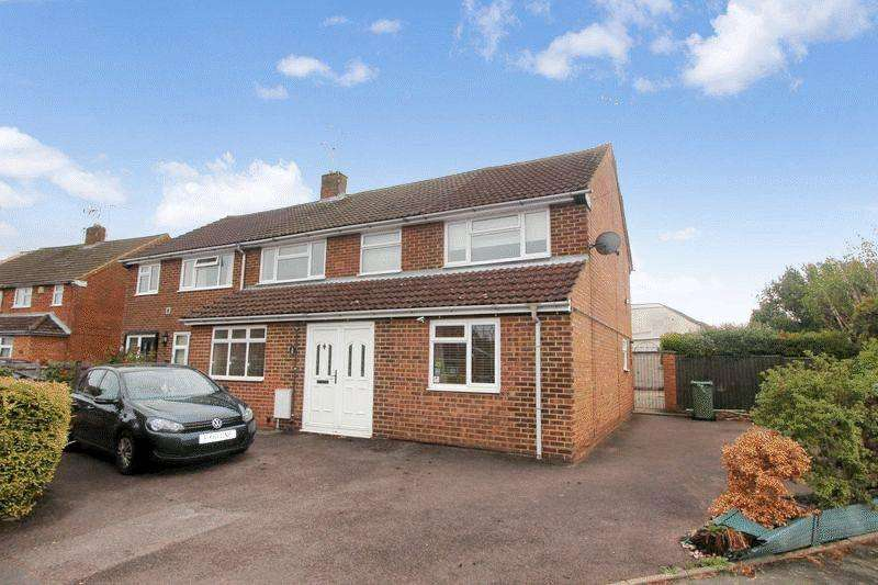 4 Bedrooms Semi Detached House for sale in Extended Semi Detached Home, Caddington