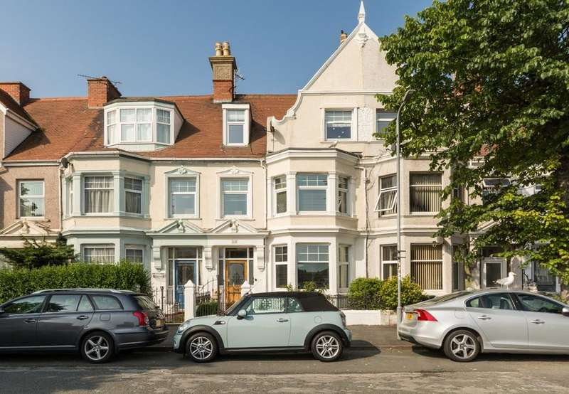 5 Bedrooms Terraced House for sale in Oxford Road, Llandudno, North Wales