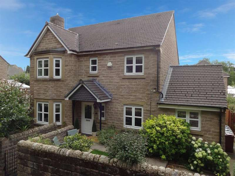 4 Bedrooms Detached House for sale in Gill Lane, Yeadon,