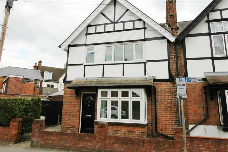 3 Bedrooms Semi Detached House for sale in Chester Street, Caversham, Reading