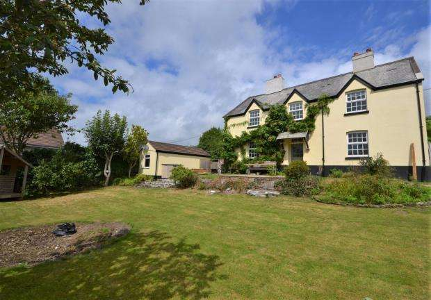 4 Bedrooms Detached House for sale in St. Dominick, Saltash, Cornwall
