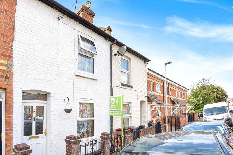 3 Bedrooms Terraced House for sale in Cholmeley Road, Reading, Berkshire, RG1