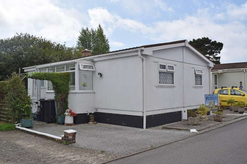 2 Bedrooms Park Home Mobile Home for sale in Purbeck View, Northport, Wareham BH20