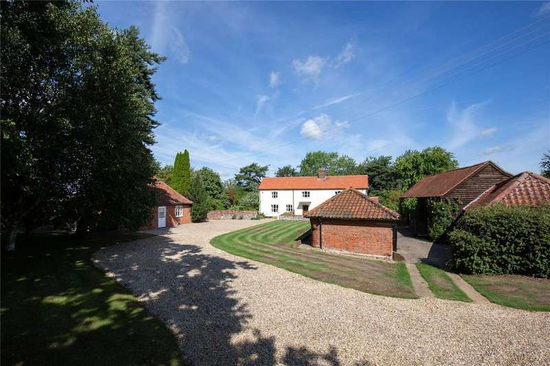 5 Bedrooms Detached House for sale in Low Common, Swardeston, Norfolk, NR14