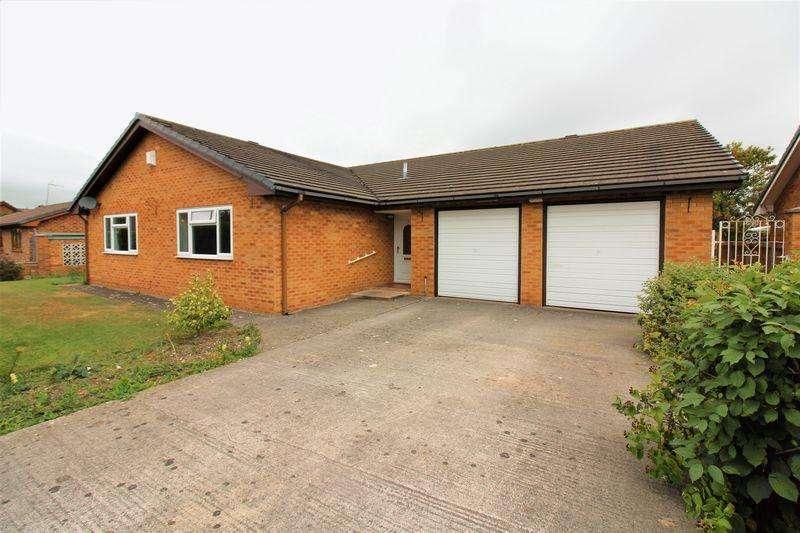 4 Bedrooms Detached Bungalow for sale in Bryn Coed Wepre, Deeside