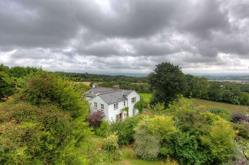 5 Bedrooms Detached House for sale in Mount Pleasant Cottage, Mount Pleasant, Harrowbarrow, Callington, Cornwall, PL17 8JL