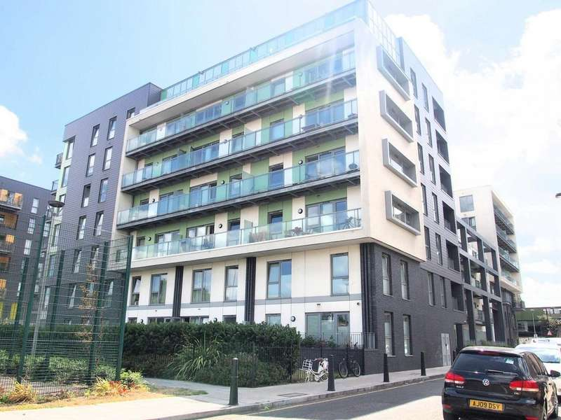 2 Bedrooms Apartment Flat for sale in Hodgeson House, 26 Christian Street, London, E1