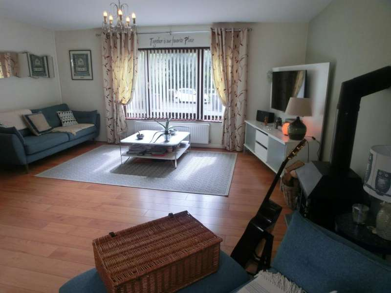 4 Bedrooms Semi Detached House for sale in Heol Dulais, Birchgrove, Swansea. SA7 9LU