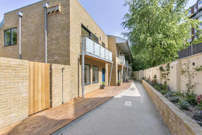 2 Bedrooms Terraced House for sale in Crayford Mews, Crayford Road, N7