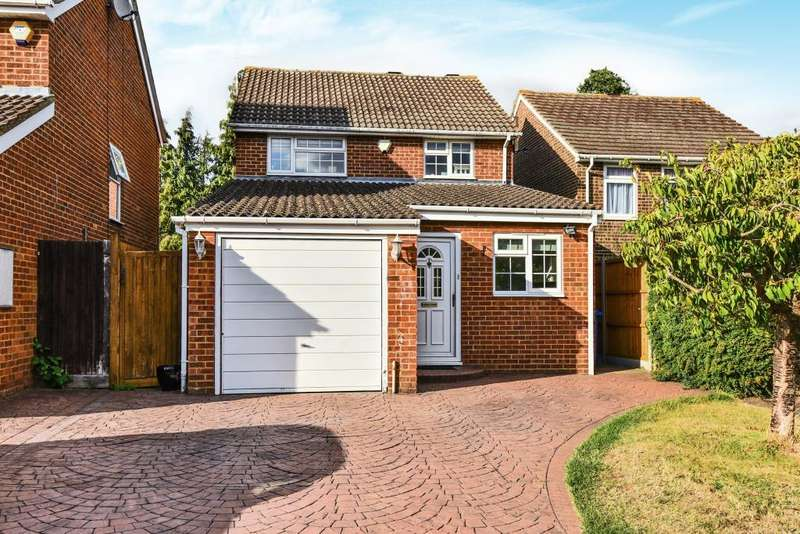 3 Bedrooms Detached House for sale in Sandy Mead, Maidenhead, SL6