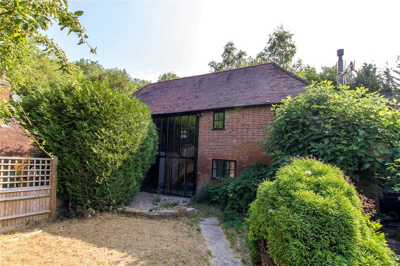 4 Bedrooms Semi Detached House for sale in Northbridge Street, Robertsbridge