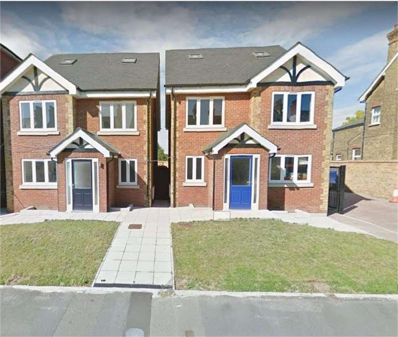 5 Bedrooms House for sale in Old Road West, Gravesend, DA11