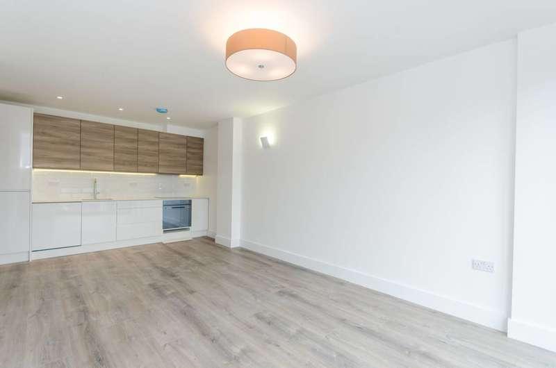 2 Bedrooms Flat for sale in Well Street, London Fields, E9
